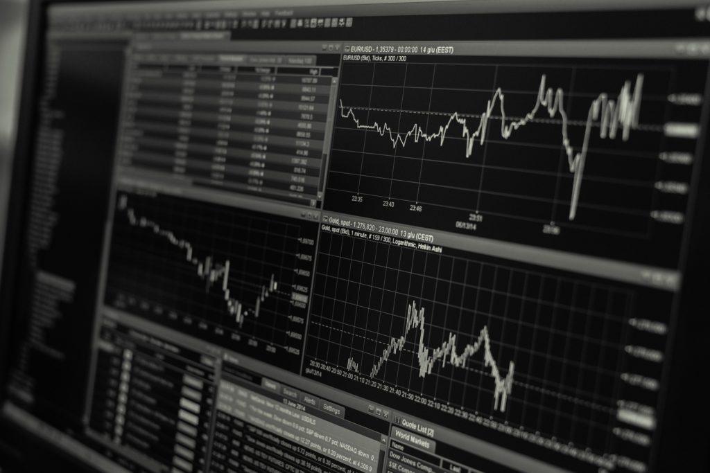 Image d'un écran affichant la bourse