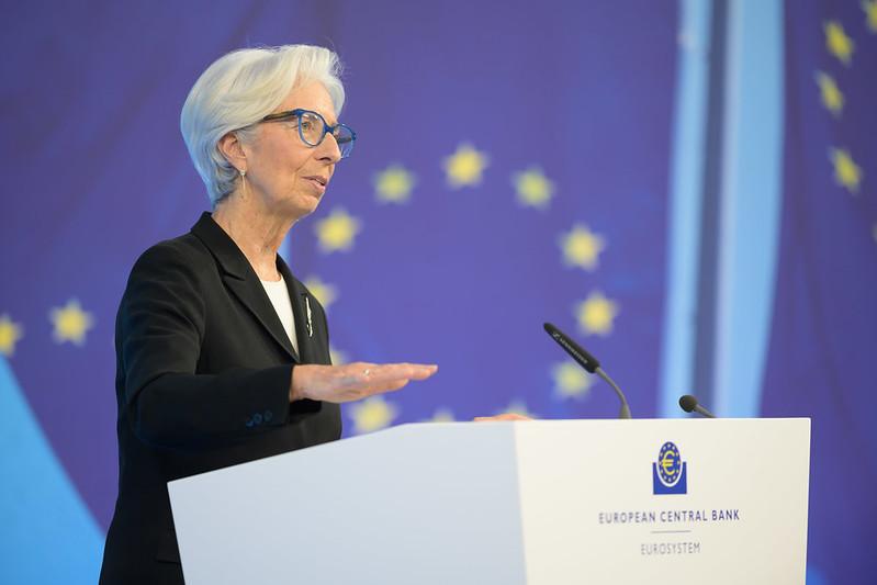 Christine Lagarde faisant un discours